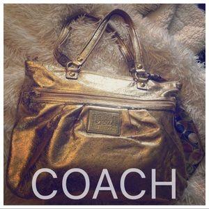 Coach purse ⭐️ tote ⭐️ metallic gold ⭐️ glam